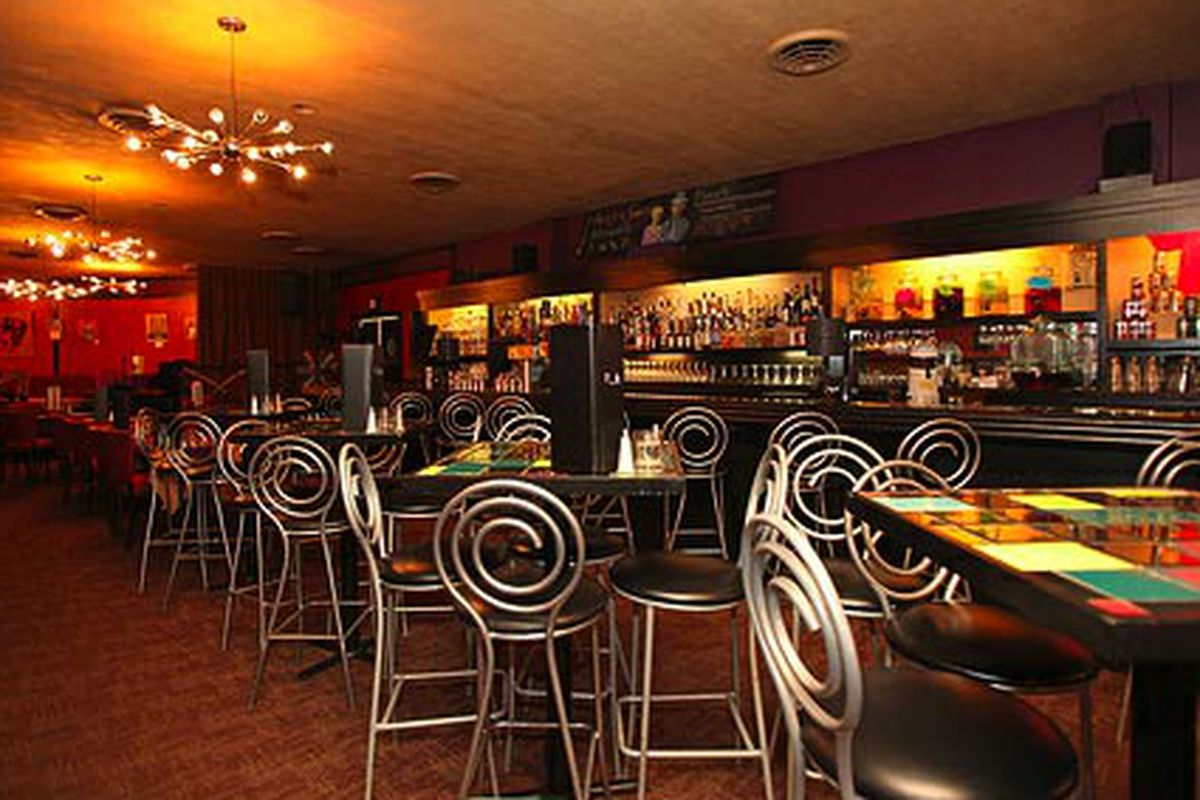Dazzle Restaurant & Lounge