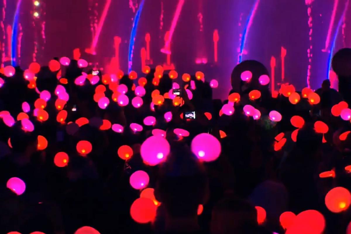 Glowing Disney hats 2