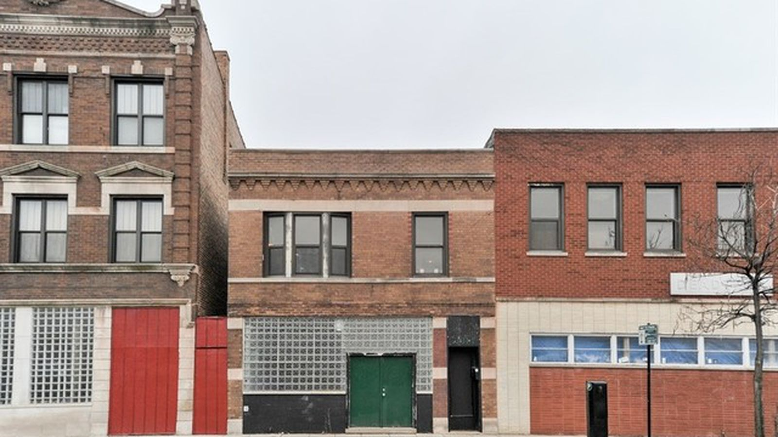 Old Logan Square Building Makes For An Excellent Live Work Space Curbed Chicago