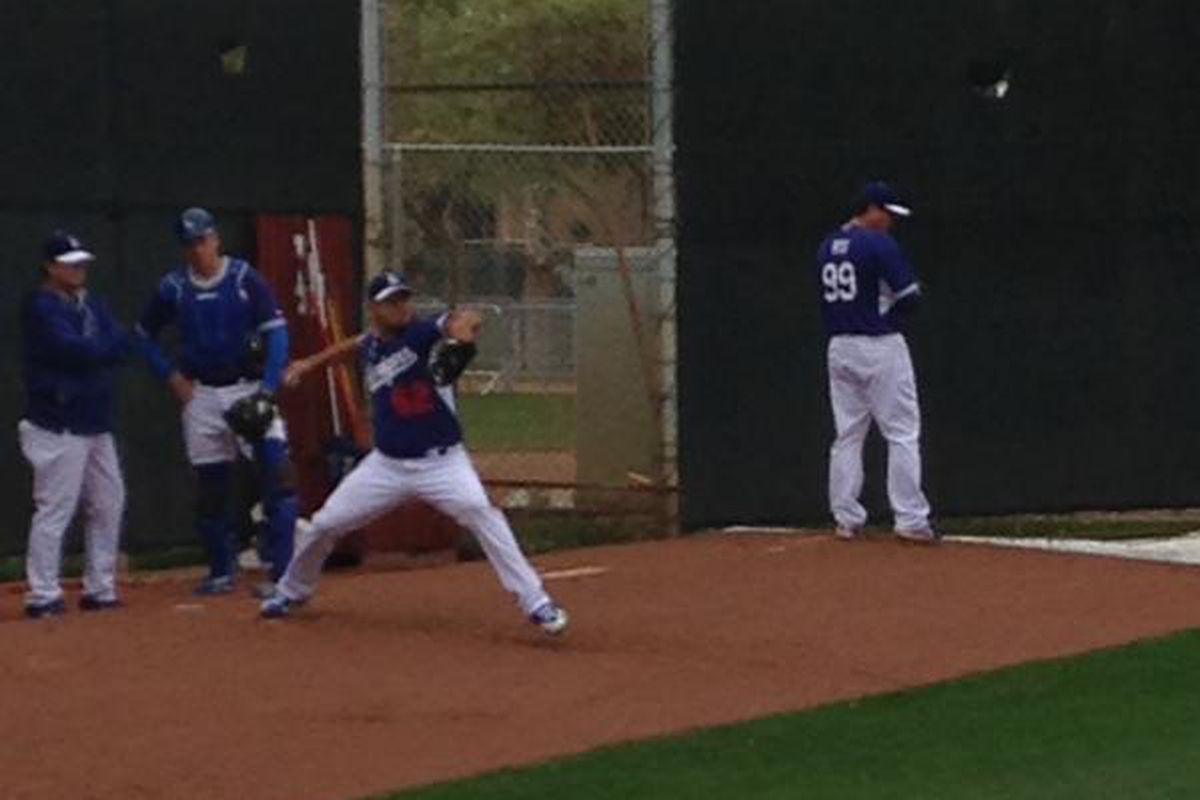 Joel Peralta and Hyun-jin Ryu each returned to the mound on Monday.