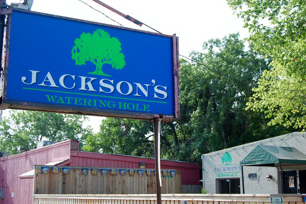 Jackson's to host 'cue event