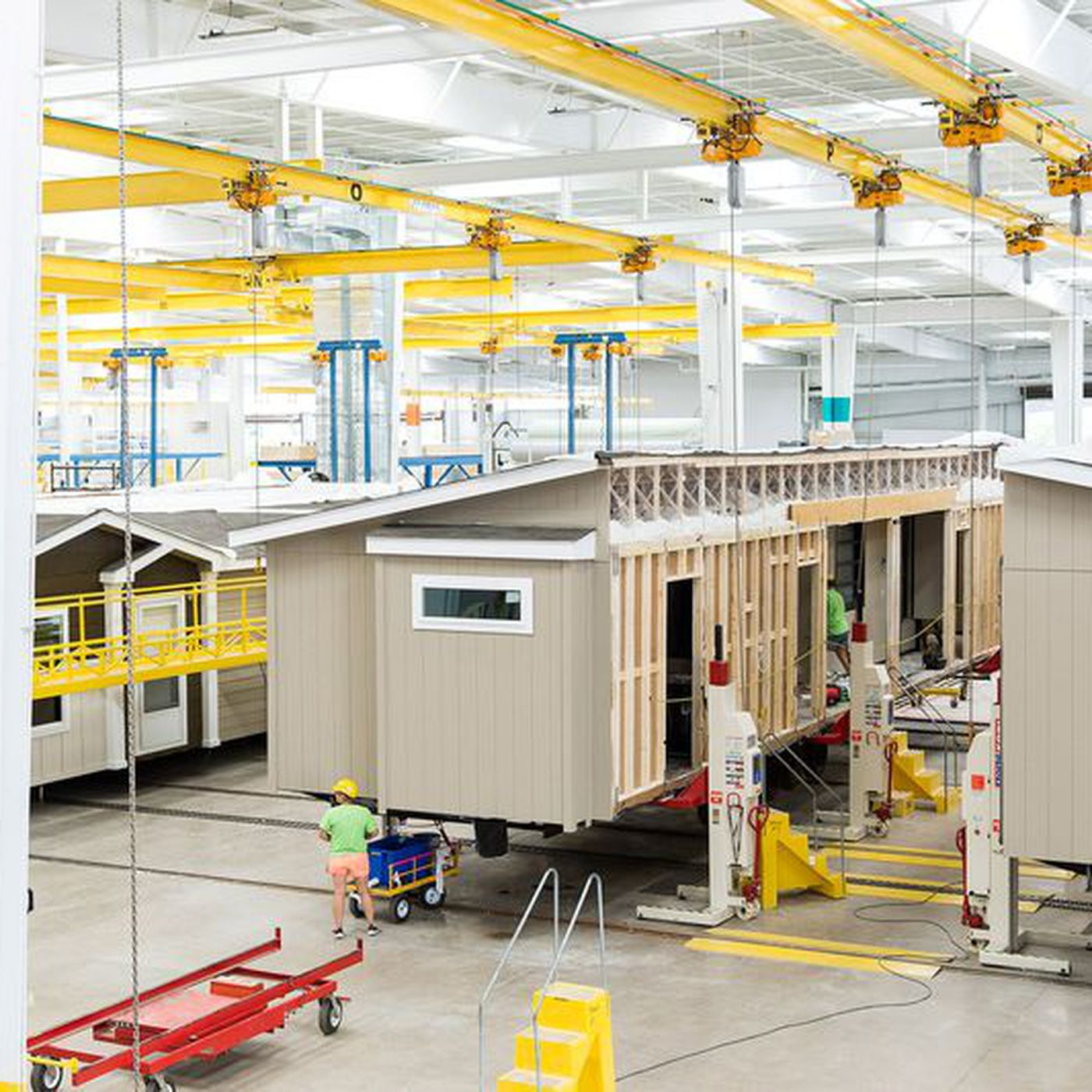 Mobile homes 101: Who's living in them and how they're made