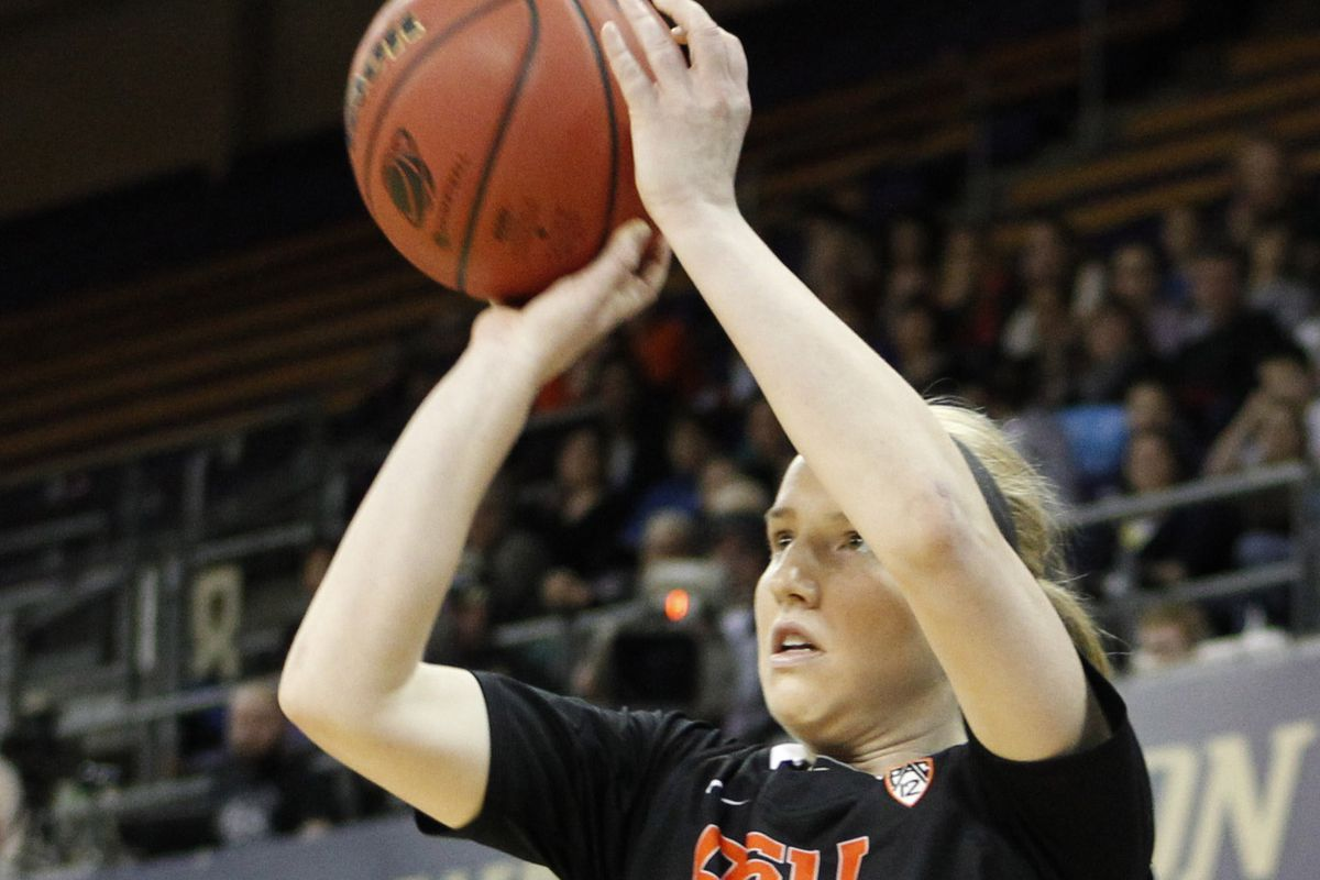 Ali Gibson hit some key shots to help the Oregon State Beavers defeat Colorado 66 to 44