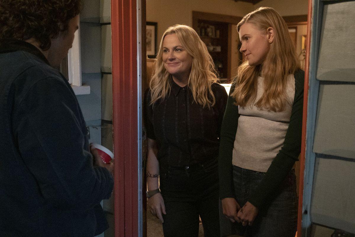 Vivian and her mother at the door