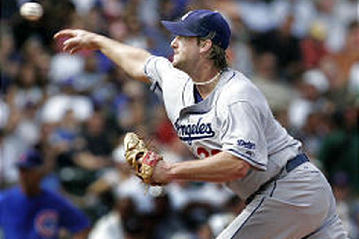The Dodgers' Derek Lowe delivers a pitch en route to his one-hit shutout vs. the Cubs on Wednesday.