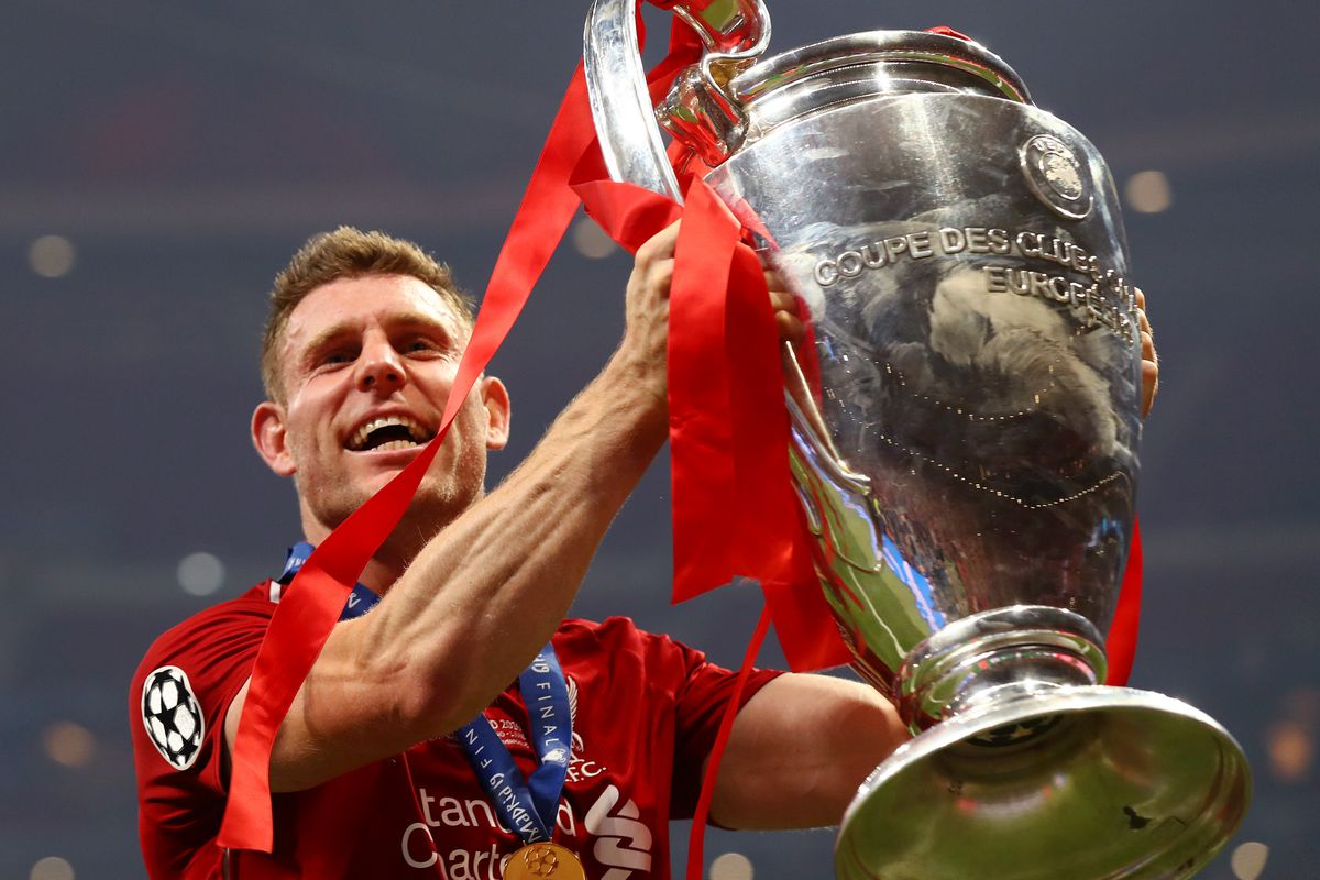 watch liverpool lift the champions league trophy the liverpool offside liverpool lift the champions league