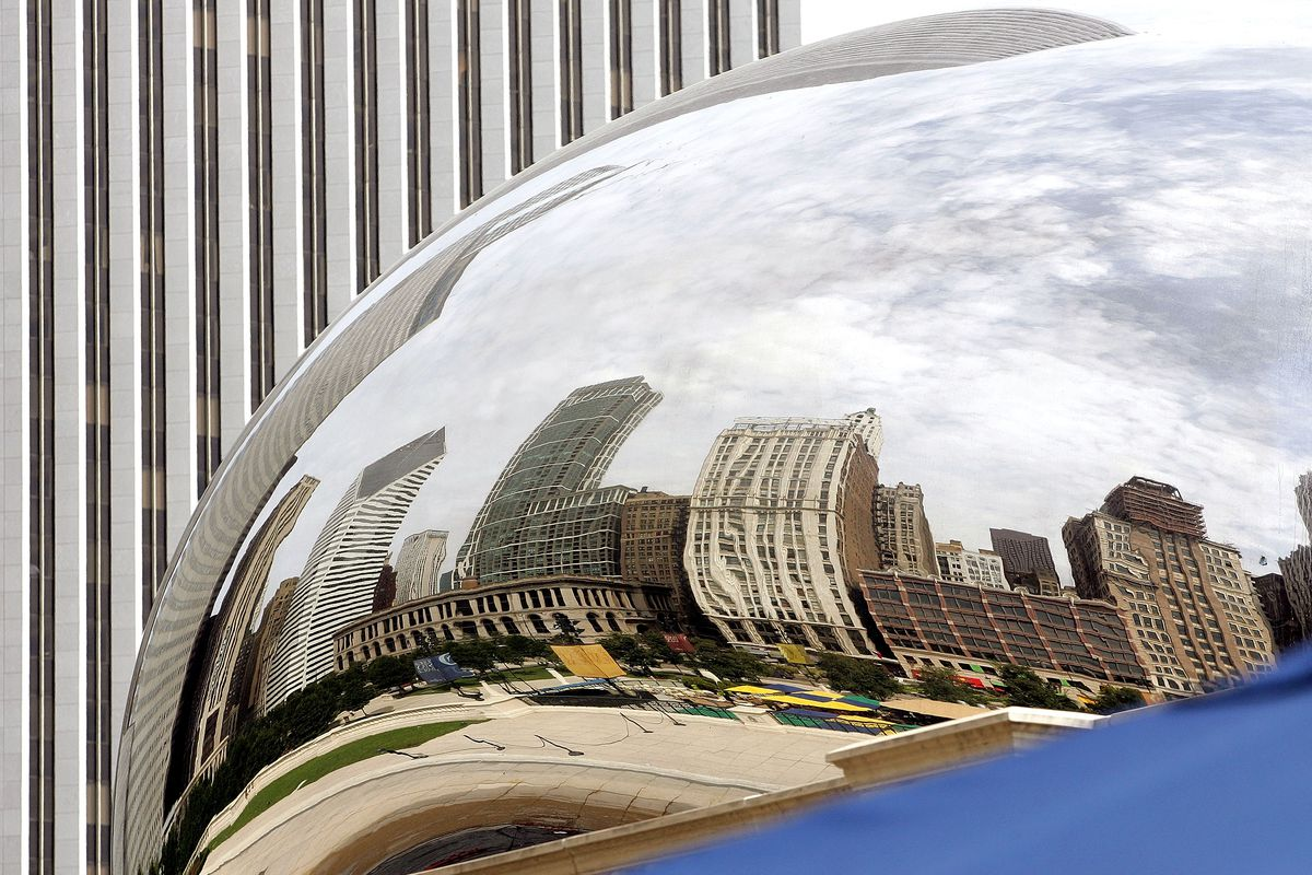 Chicago's 'Cloud Gate' Sculpture Is Finally Revealed