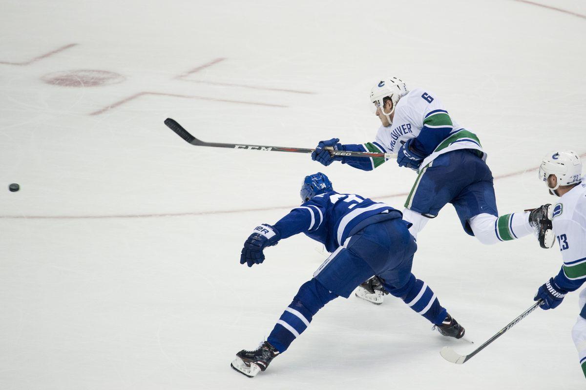 NHL: JAN 06 Canucks at Maple Leafs