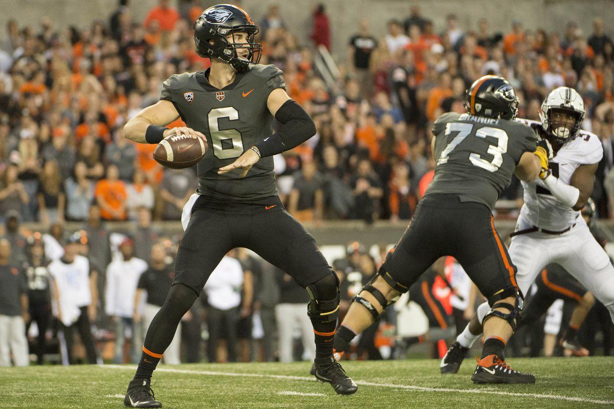 NCAA Football: Minnesota at Oregon State