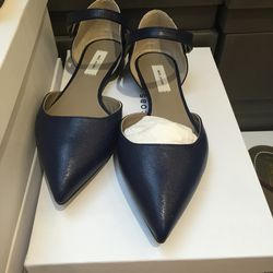 Marc Jacobs pointed-toe ankle strap flats, size 36, $171 (from $570)