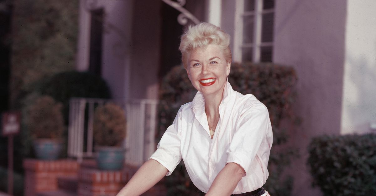 Doris Day's complicated legacy, explained - Vox