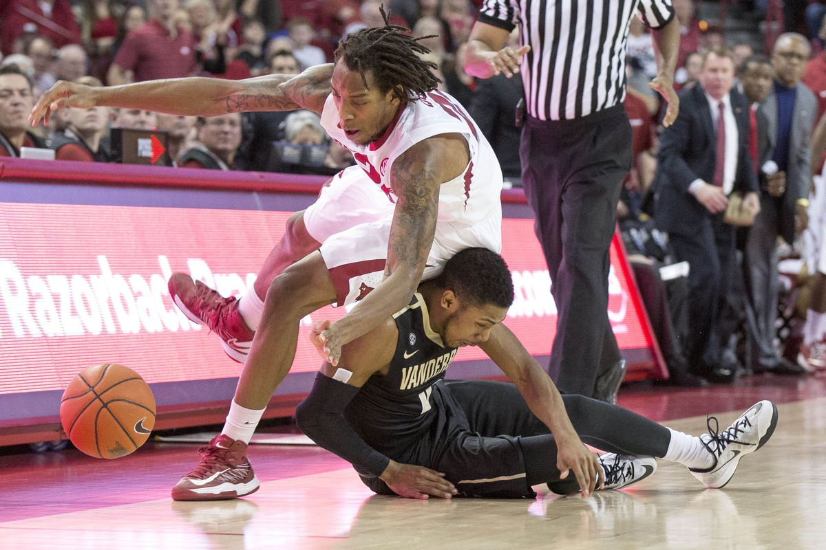 """The SEC refs nearly called a foul on Mitchell for """"aggressive sitting,"""" but thought better of it."""