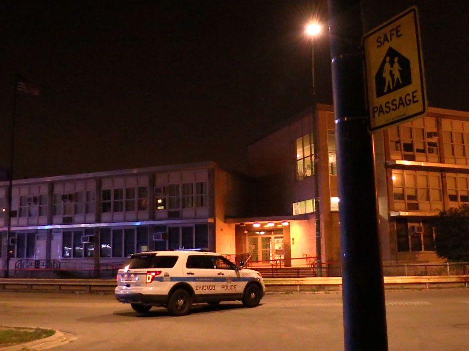 Police investigate a shooting about 11 p.m. Friday, June 15, 2018 in the 6700 block of Parnell Avenue in Chicago. | Justin Jackson/ Sun-Times