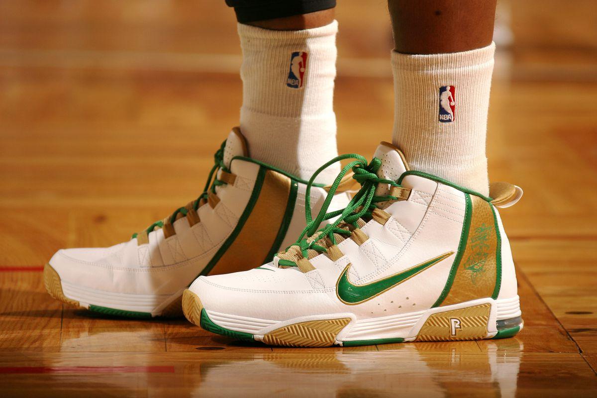 Cleveland Cavilers v Boston Celtics