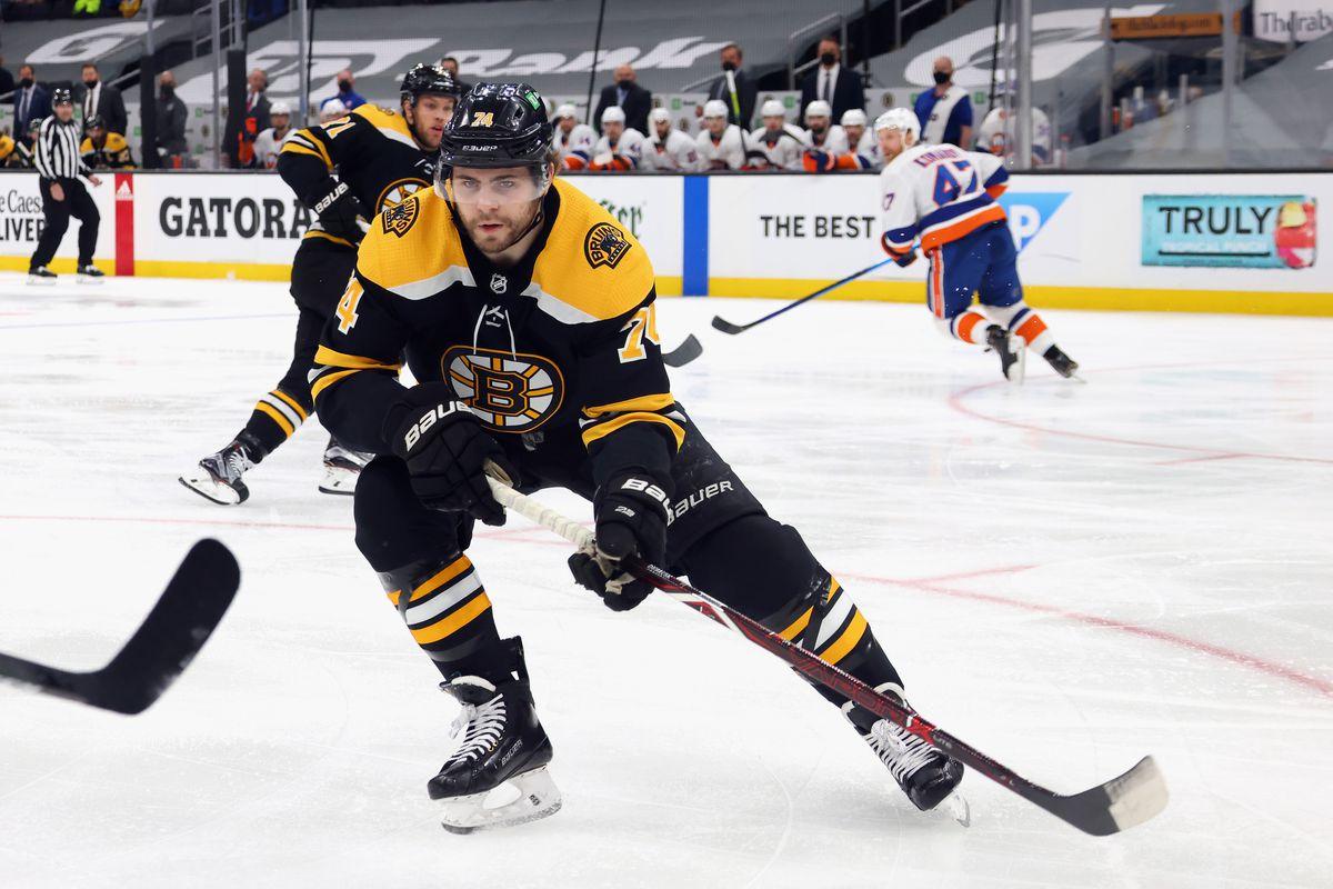 New York Islanders v Boston Bruins - Game Two