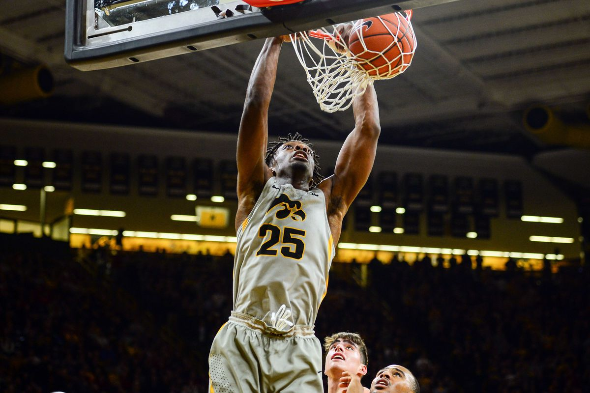 Iowa Hawkeyes Basketball Faces Bryant Bulldogs in Non