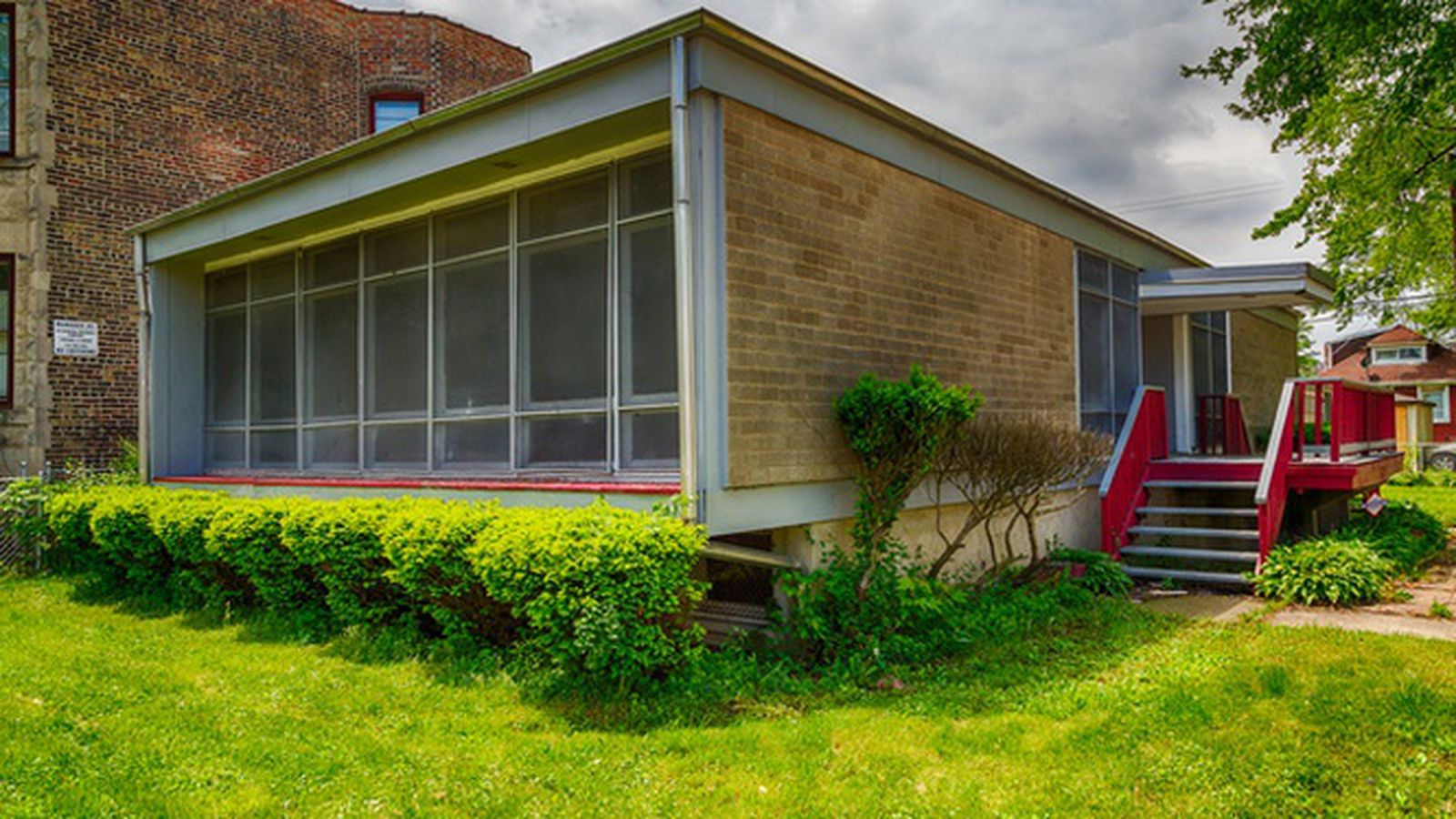 Midcentury Modern Fixer Upper In Woodlawn Asking 150 000