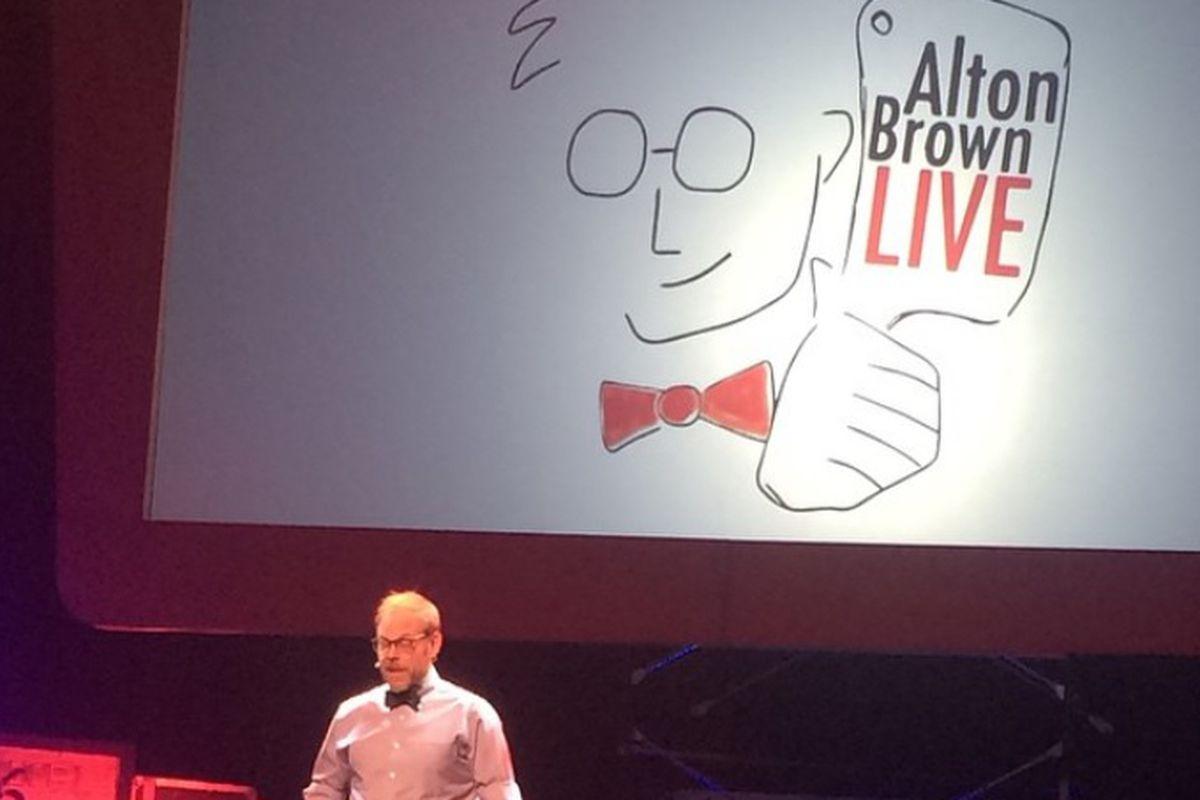 Alton Brown on his tour of Alton Brown Live