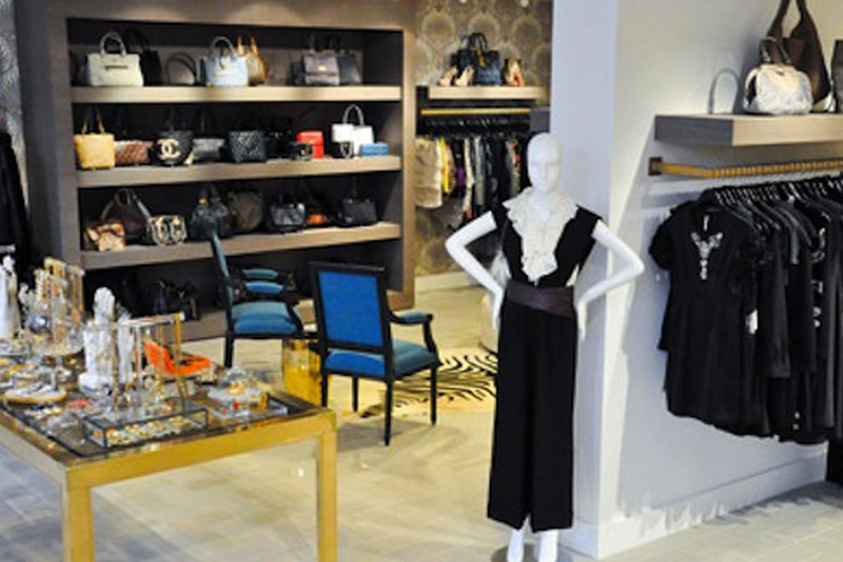 """Image via <a href=""""http://www.purewow.com/entry_detail/chicago/3839/A-luxury-e-boutique-goes-brick-and-mortar.htm#i.t8nks1fqzt"""">Pure Wow</a>"""