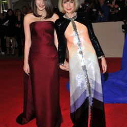 Anna Wintour in Chanel with her daughter Bee Shaffer in Balenciaga