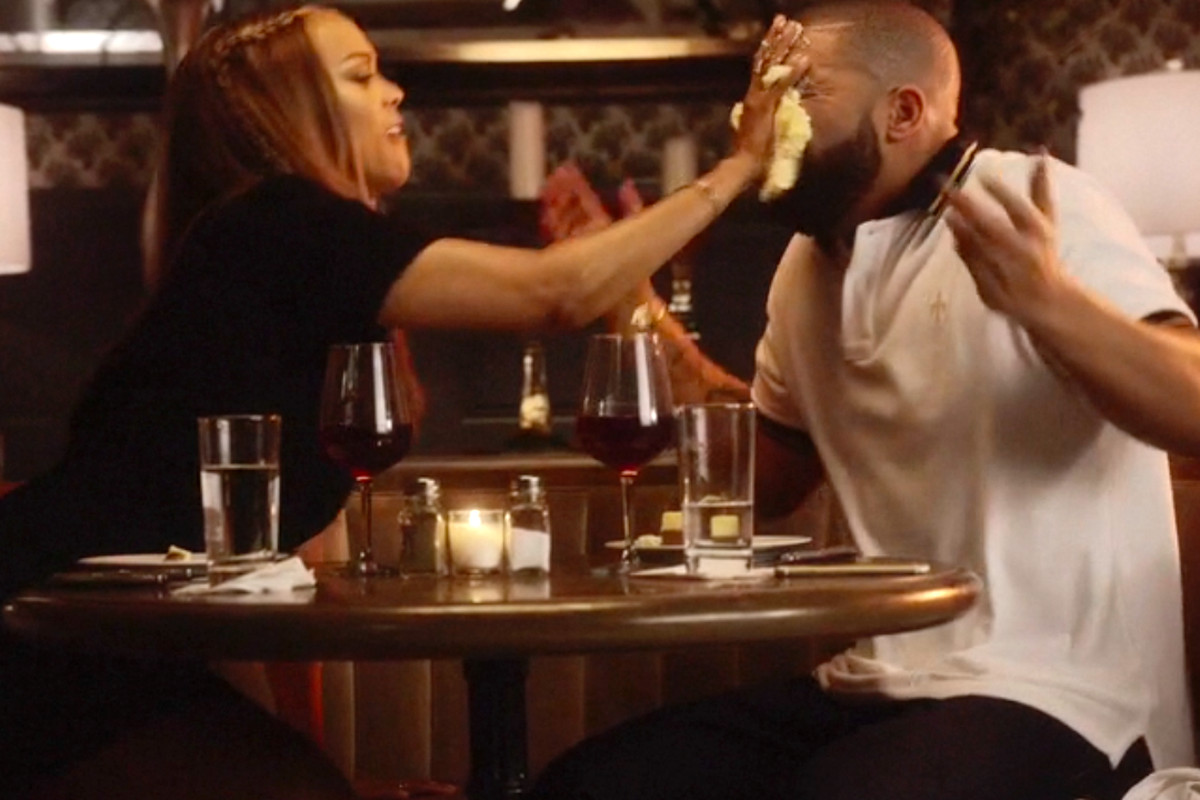 Drake Got in a Fight With His Fictional Girlfriend at Cheesecake