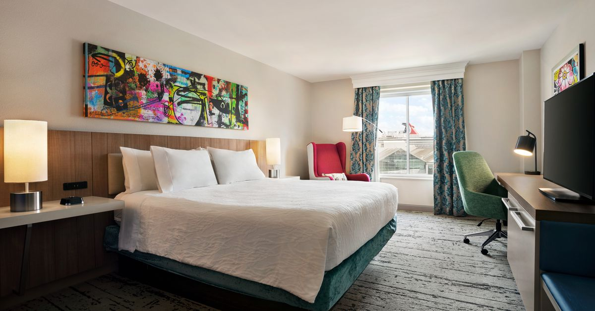 Hilton garden inn convention center hotel reveals 9 - Hilton garden inn seattle airport ...