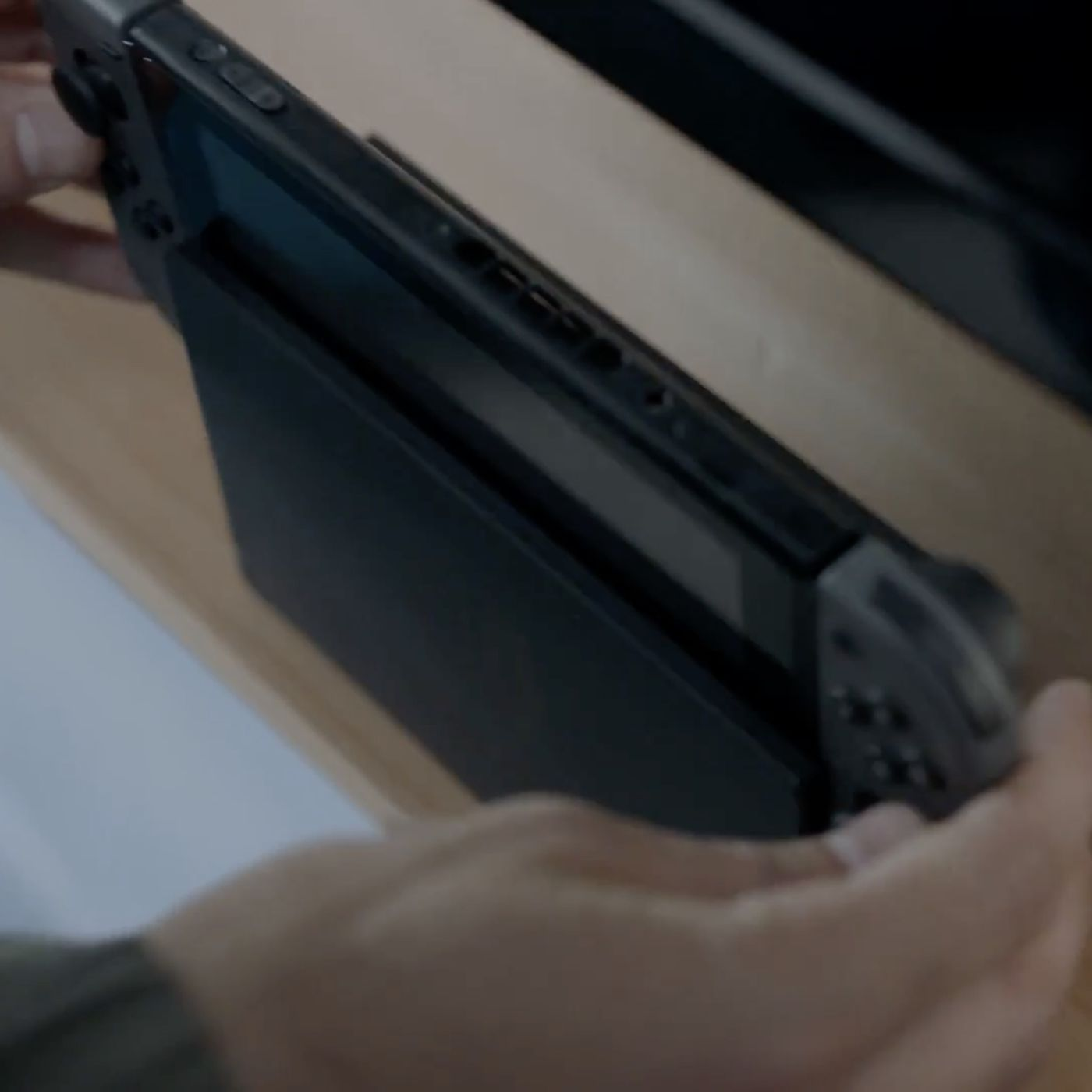 The Nintendo Switch S Dock Doesn T Do Much Of Anything Polygon