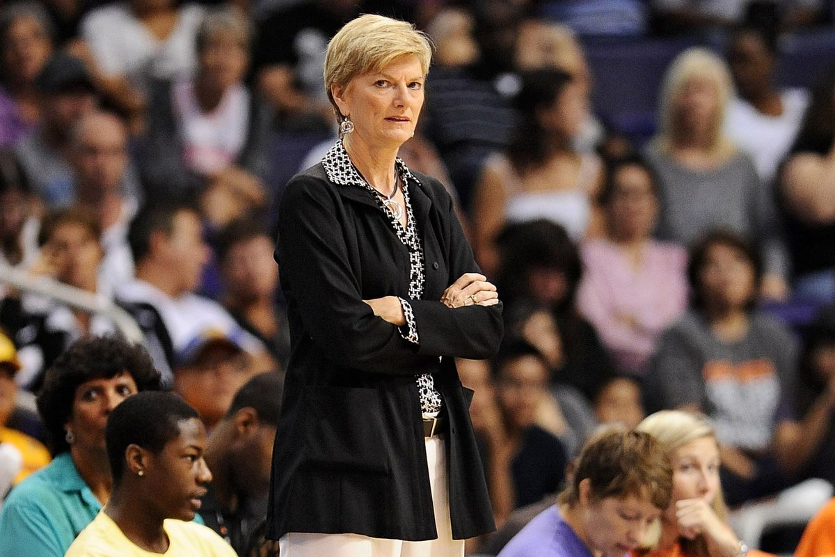 Carol Ross hasn't gotten the Los Angeles Sparks off to the right start. She may be let go before she has a chance to right the ship.