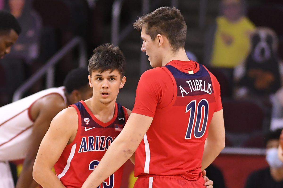 arizona-wildcats-mens-basketball-scrimmage-red-blue-preview-newcomers-returners-2021
