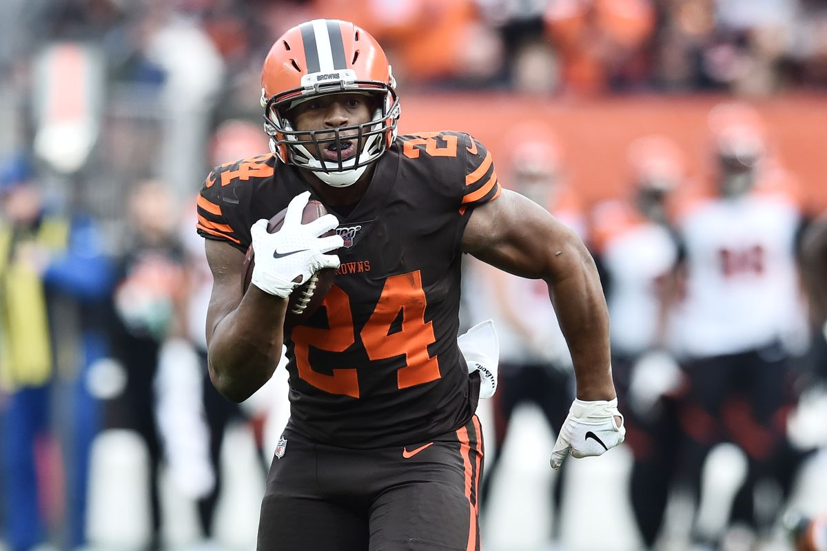 Cleveland Browns running back Nick Chubb runs for a 57-yard gain during the second half against the Cincinnati Bengals at FirstEnergy Stadium.