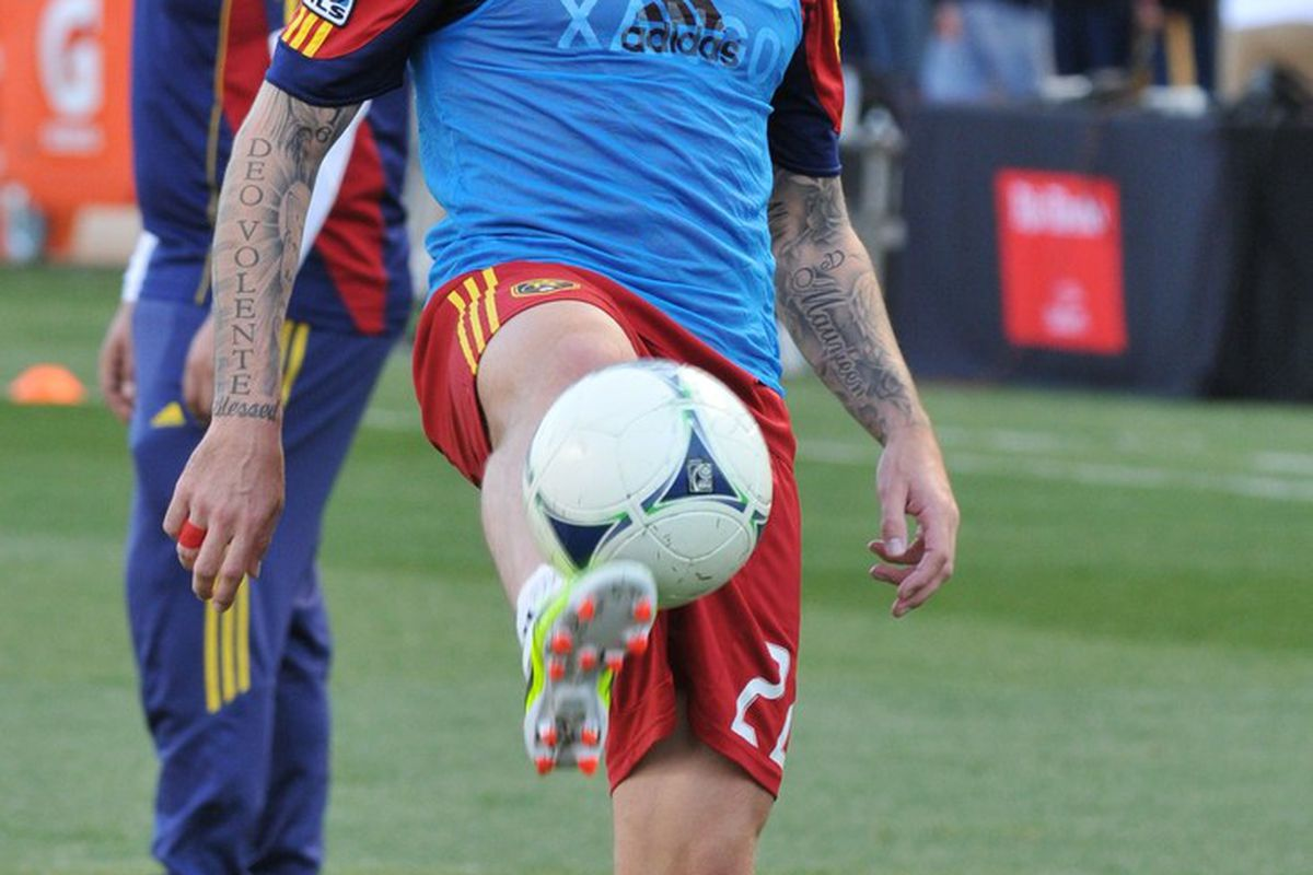 It would be easy to think that the ball is glued to his shoe, but it must be magnets, because in Portland he kept it on his feet right up to the point where he put it in the back of the net. (photo by me)