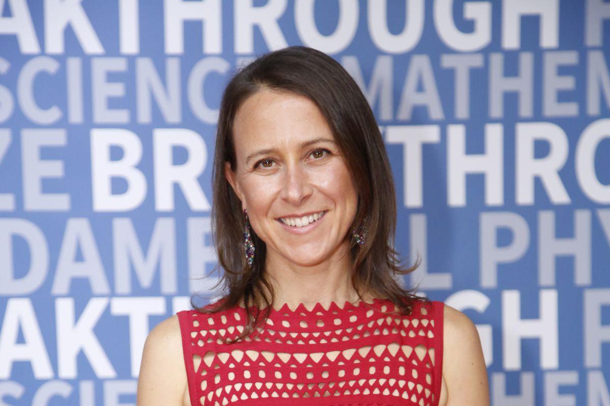23andMe CEO Anne Wojcicki at the 2017 Breakthrough Prize awards ceremony