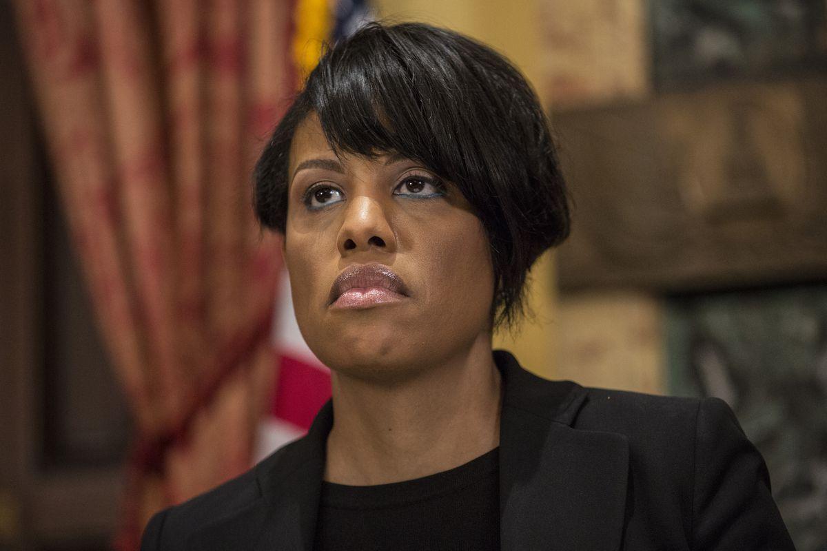 Baltimore Mayor Stephanie Rawlings-Blake speaks to press.