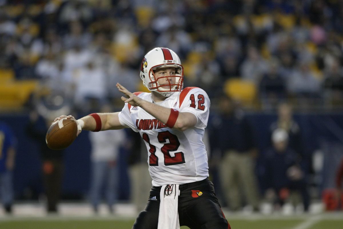Louisville Cardinals v Pittsburgh Panthers
