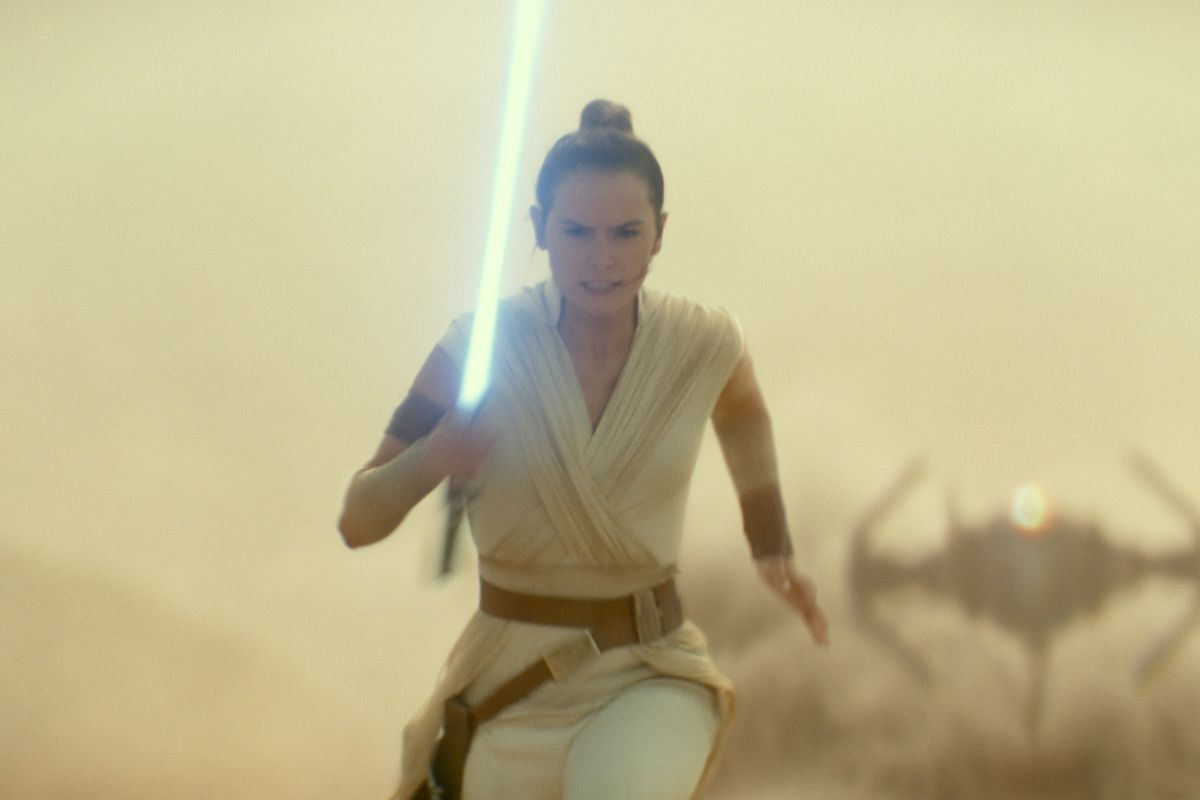 Star Wars The Rise Of Skywalker Twist Created Before Force Awakens Deseret News