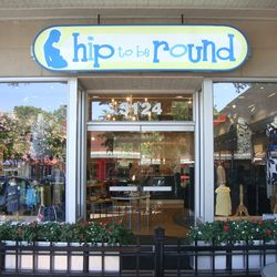 Hip to be Round's Carytown boutique in Richmond, Virginia. Images courtesy of Hip to be Round.