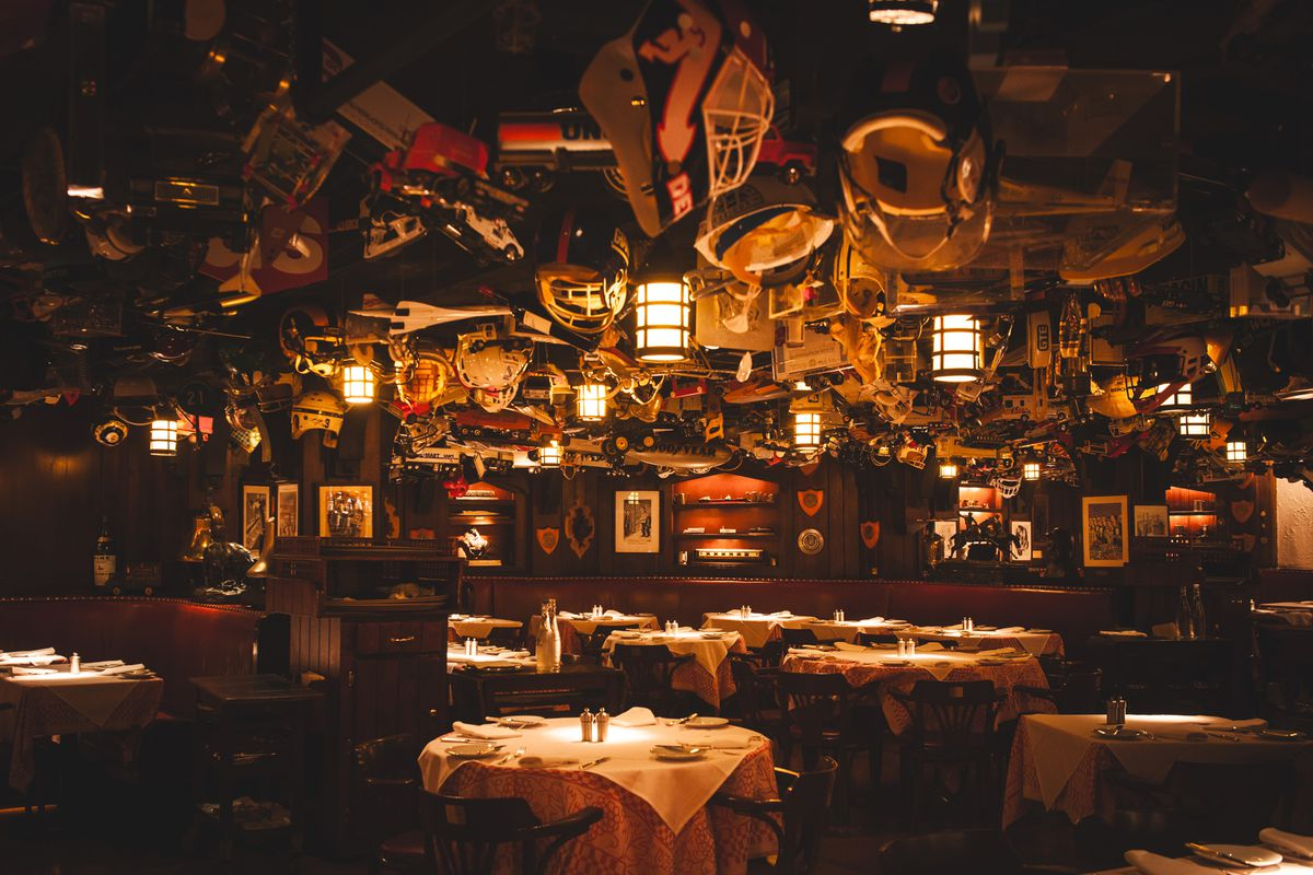 '21' Club's main dining room