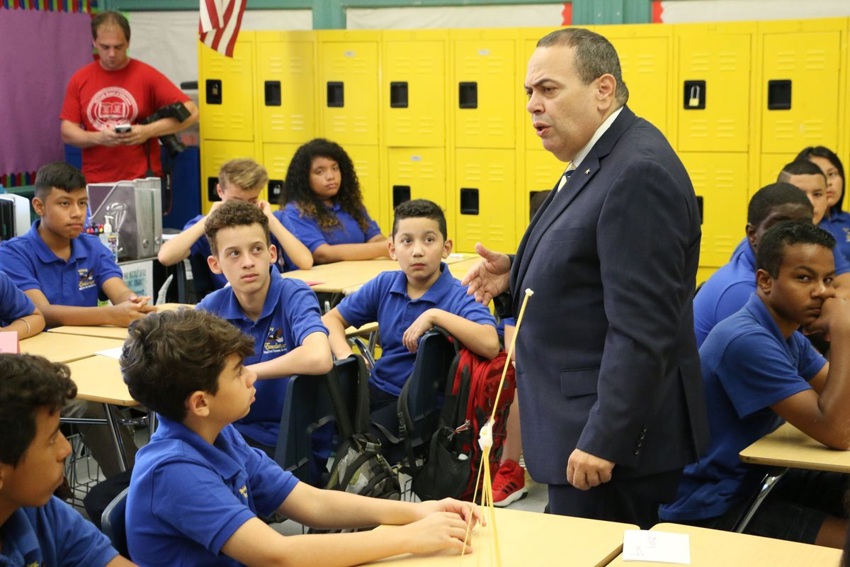 Superintendent Roger León spoke to seventh-graders at Hawkins Street School on the first day of school Tuesday.