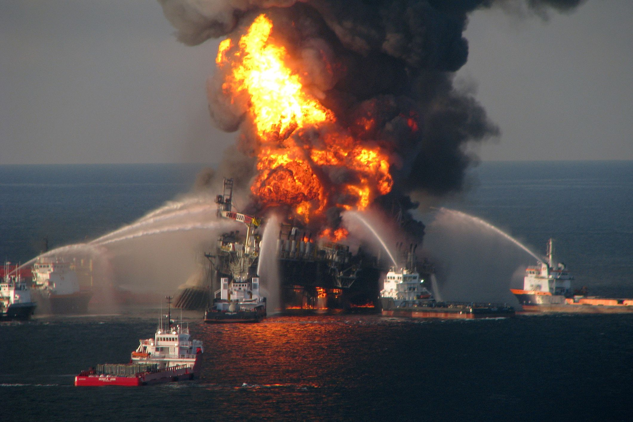 Deepwater Horizon led to new protections for US waters. Trump just repealed them. thumbnail