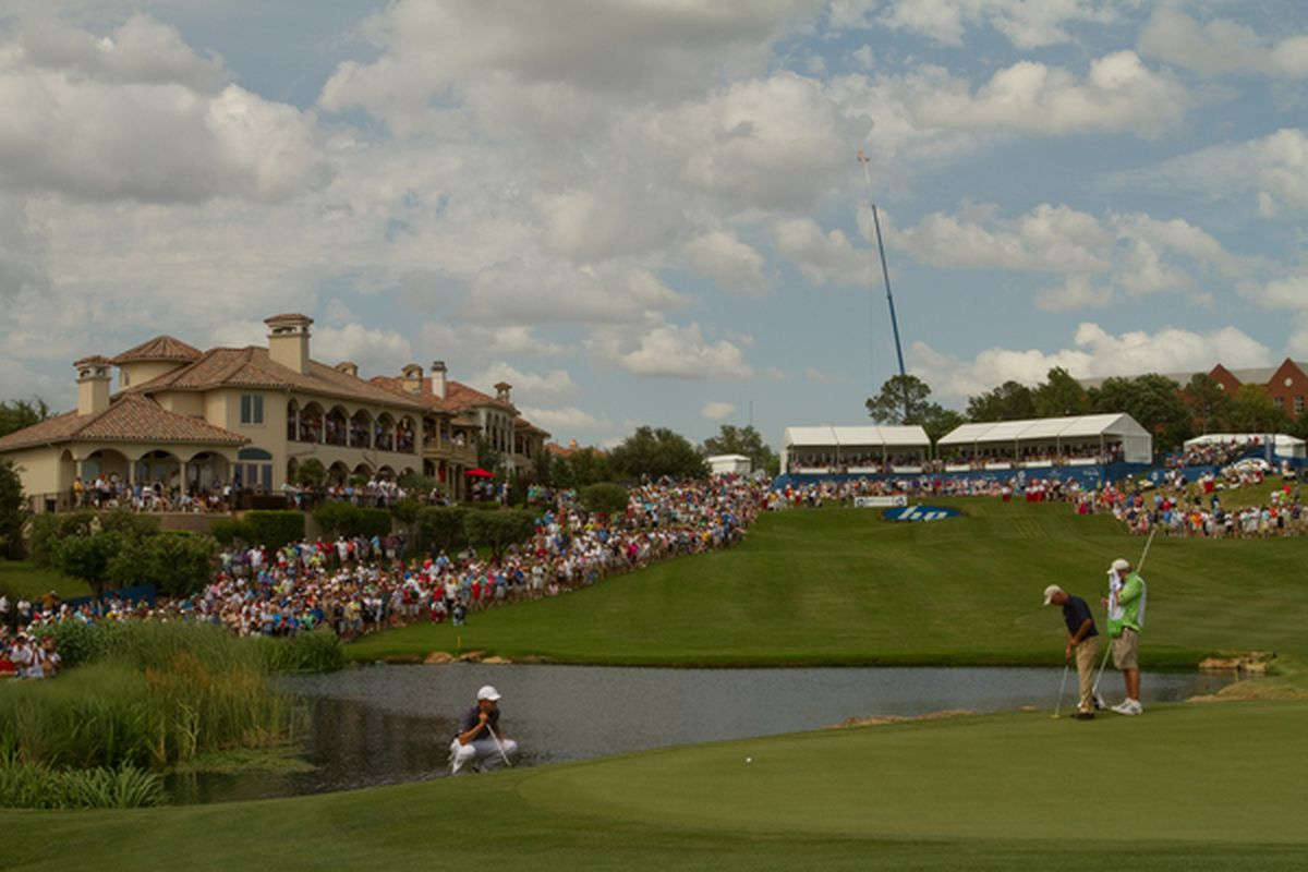 IRVING, TX - MAY 23: Jordan Spieth lines up a putt on the 17th hole during the fourth round of the HP Byron Nelson Championship at TPC Four Seasons Resort Las Colinas on May 23, 2010 in Irving, Texas. (Photo by Darren Carroll/Getty Images)