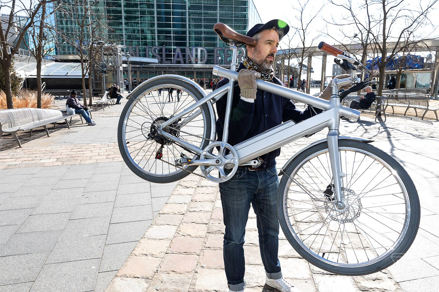 Wing Bike is a stylish electric bicycle for that won't break the