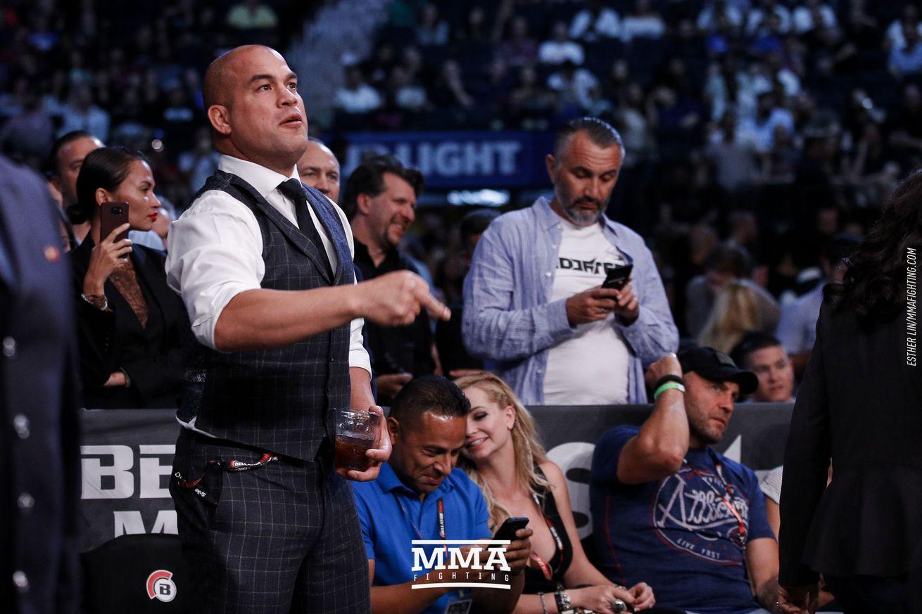 Chael Sonnen calls Tito Ortiz's cageside antics at Bellator NYC 'really bizarre'