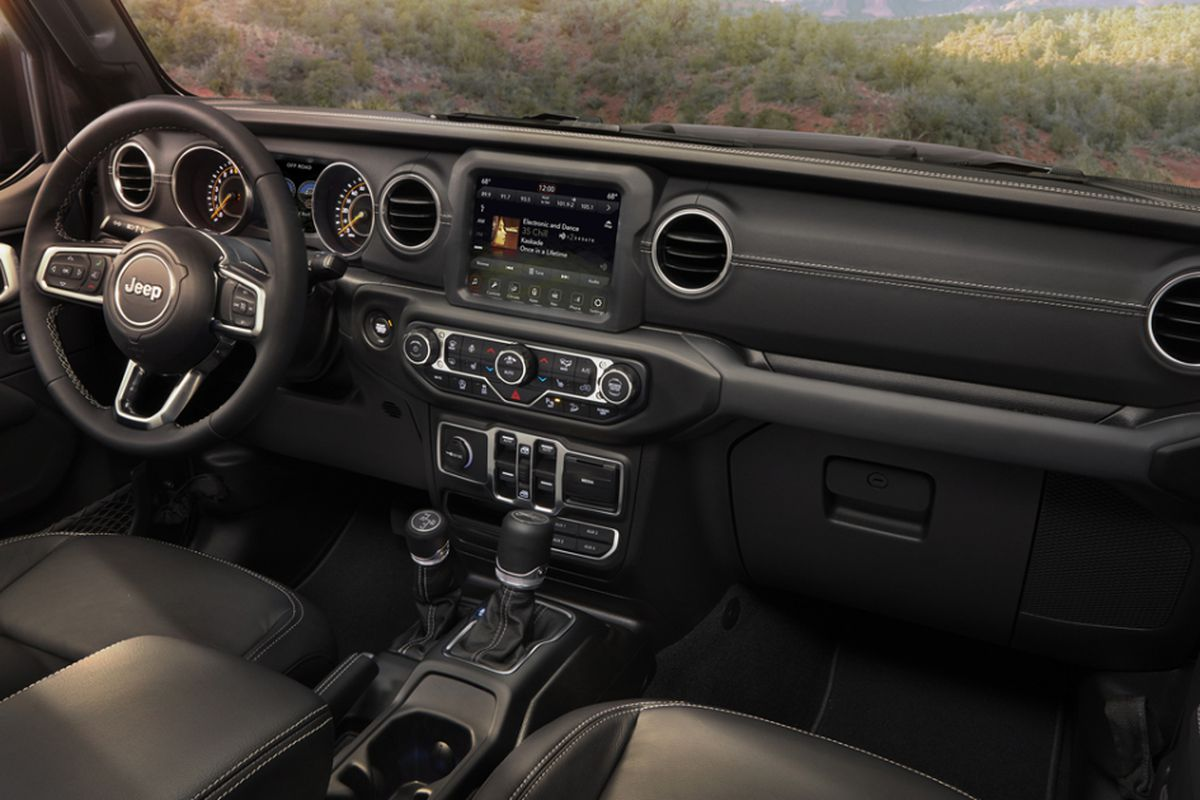 Jeep Wrangler Utilitarian Interior Philosophy Gets Key Upgrades