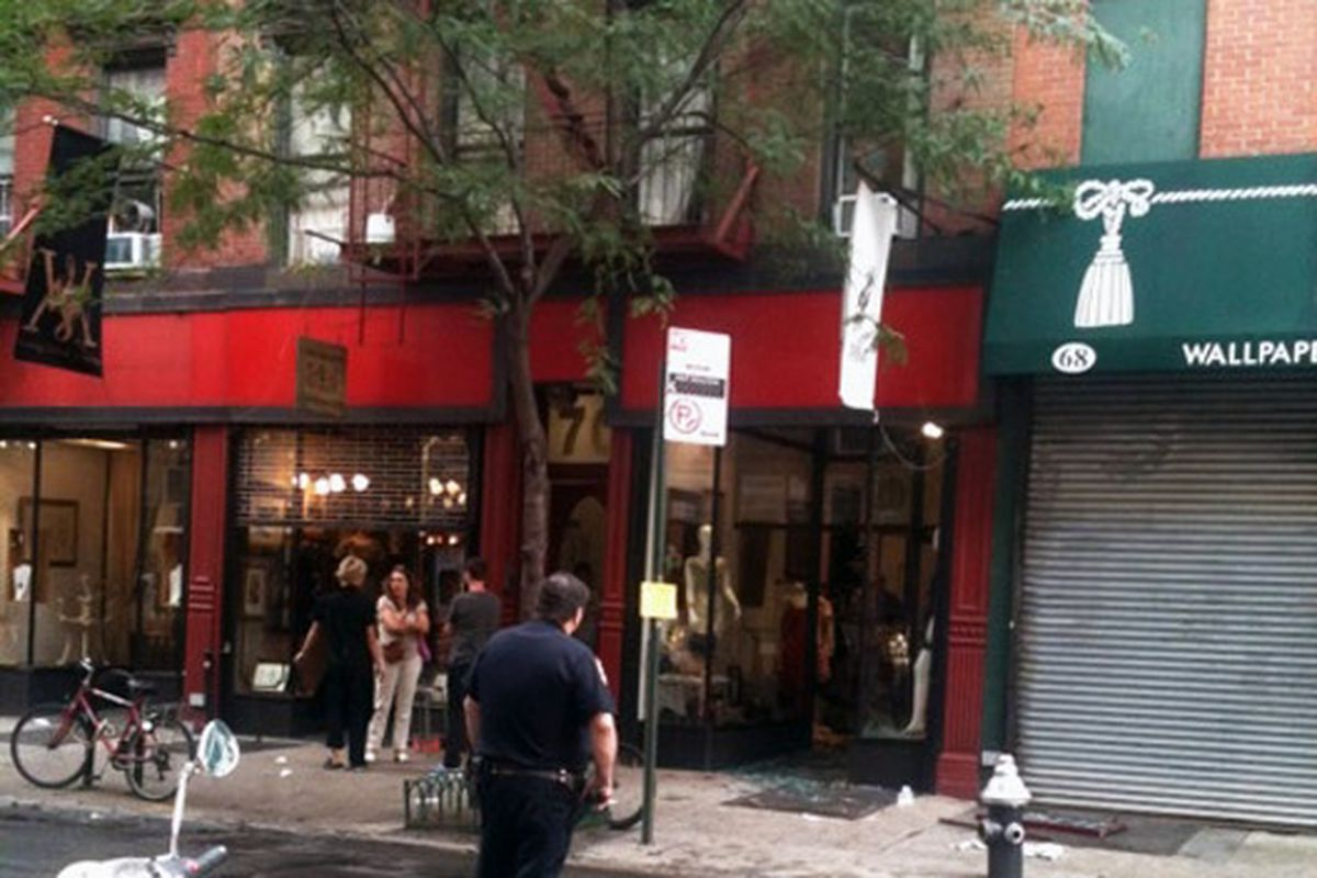 """Image via <a href=""""http://www.boweryboogie.com/2011/06/pilgrim-at-70-orchard-was-just-robbed/"""">Bowery Boogie</a>"""