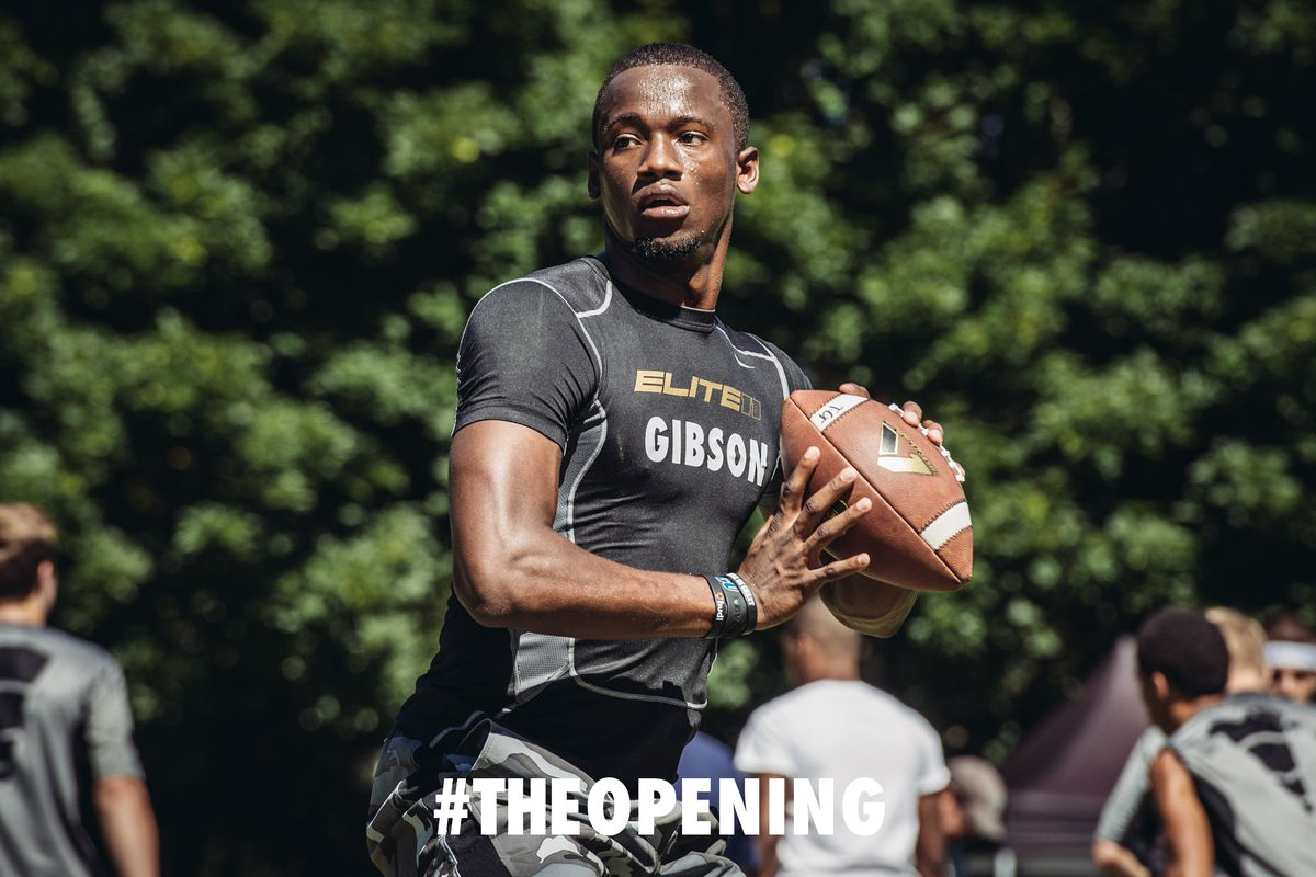 Torrance Gibson has signed his national letter of intent with Ohio State.