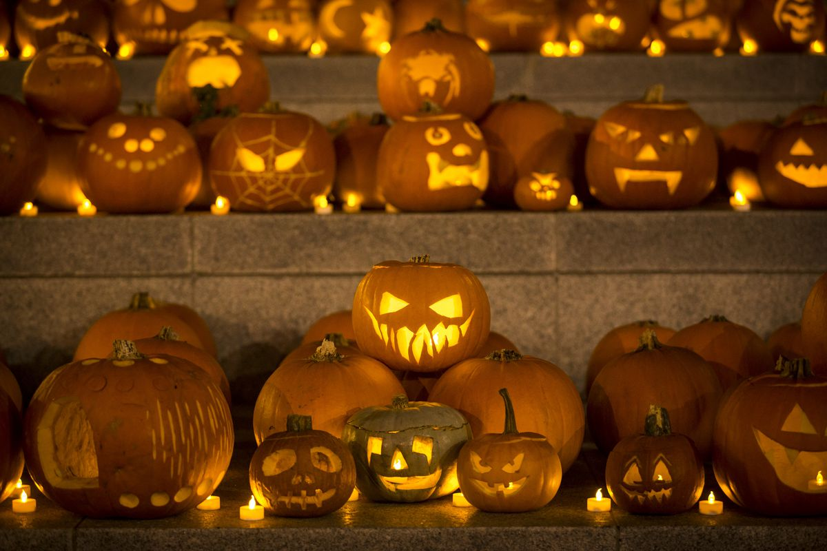 Installation Of 3,000 Pumpkins Unveiled In London