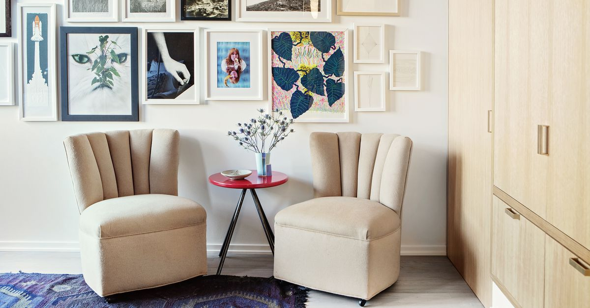 Moving In Together How To Find Common Ground When Decorating Curbed New Atlanta Furniture Movers Decor