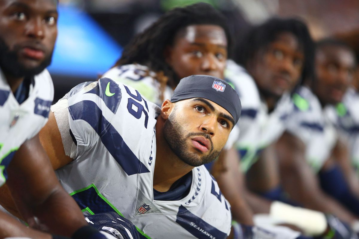 huge selection of d86f9 82387 Why Mychal Kendricks might be available for the Seahawks in ...