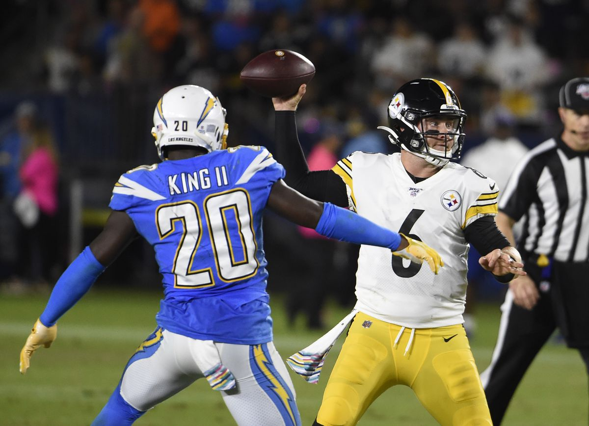 Pittsburgh Steelers v Los Angeles Chargers