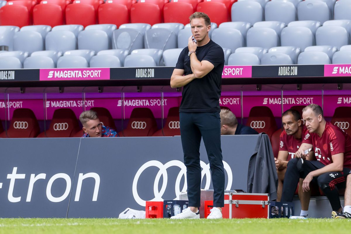 Julian Nagelsmann reacts to Bayern Munich's 3-0 drubbing at the hands of Napoli - Bavarian Football Works